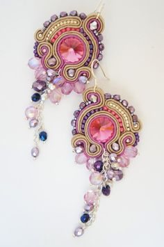 Marvelous soutache earrings, with extraordinary glow, perfect for your grand night out! Colors are matching evening dresses, blink and Beaded Jewelry, Handmade Jewelry, Beaded Necklace, Soutache Tutorial, Soutache Earrings, Crystal Earrings, Passementerie, Wedding Earrings, Shibori
