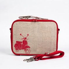 10 Cool Lunch Boxes for Back-to-School-So Young Mother Lunch Box – Red Scooter Kids Lunch Bags, Best Lunch Bags, Scooters, Cool Lunch Boxes, Boite A Lunch, Back To School Backpacks, Insulated Lunch Box, School Lunch Box, Scooter Girl