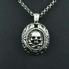 PIRATE SKULL MEDAL 925 STERLING SILVER Men's Women's BIKER ROCKER PENDANT cs-007