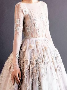 PAOLO SEBASTIAN Autumn/Winter Bridal Collection 2014 - sleeved lace ball gown encrusted with a million dollars worth of diamonds and flower petal detail. Ball Dresses, Ball Gowns, Formal Dresses, Wedding Dresses, Gown Wedding, Traje Black Tie, Looks Street Style, Beautiful Gowns, Gorgeous Dress