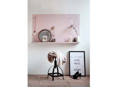Palette rosa parete casa