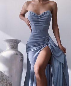 Cute Prom Dresses, Gala Dresses, Event Dresses, Pretty Dresses, Beautiful Dresses, Formal Dresses, Glamouröse Outfits, Dressy Outfits, Fairytale Dress
