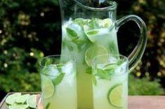 Příprava receptu Osvěžující limetková limonáda, krok 1 Glass Of Milk, Lime, Drinks, Food, Drinking, Limes, Beverages, Essen, Drink