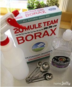 DIY outdoor furniture cushion cleaning solution: in a spray bottle, fill 3/4 full, then add 1 tsp. of dishwashing liquid and 1 tsp. of borax. Fill spray bottle to the top, then shake to combine. For full how-to steps...click in!