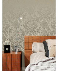 This Crown Signature Damask Wallpaper in beige and gold has a metallic pattern on a matte background for a modern twist. Free UK delivery available