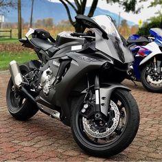 @jasonklimow ➖➖➖➖➖➖➖➖➖➖➖➖➖➖➖ #2wheelslovers #Motorcycle #instamotogallery #ducati #bikelife #moto #motogp #sportbike #superbike #instamotorcycle #instamoto #pistonaddictz #bikeswithoutlimits #sportsbikelife #r1 #honda #yamaha #kawasaki #suzuki #mvagusta #cbr600rr #r6 #s1000rr #bikenight #yzf #yamahar1 #rideout #motogp2016 #bikerchick #harleydavidson