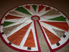 The Best Job In The World: Quilted Christmas Tree Skirt