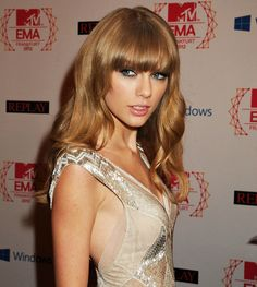 The Bombshell Bangs of Taylor Swift | StyleNoted
