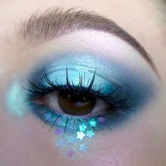 """WEBSTA @ kaynadianbeauty - DAY 81/ #100daysofmakeup • if you don't already own the @nyxcosmetics prismatic eyeshadow in """"mermaid"""", WHAT ARE YA DOING?! details: @devinahcosmetics eyeshadow in """"verity"""",@maccosmetics eyeshadow in """"plumage"""",@urbandecaycosmetics naked basics palette,@nyxcosmeticscanada jumbo eye pencil in """"milk"""", @nyxcosmeticscanada prismatic eyeshadow in """"mermaid"""" on top,@maccosmetics clear lip glass,@ardell_lashes in spiky """"385"""",@looxi_beauty highlighter in """"stripped"""""""