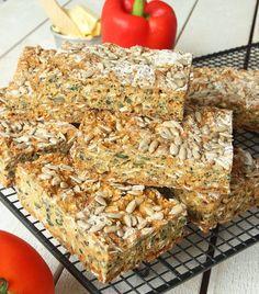 energibröd8 Norwegian Food, Norwegian Recipes, Lchf, No Bake Cake, Bread Recipes, Banana Bread, Health Fitness, Breakfast, Desserts