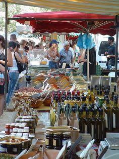 Farmers market in Arles, France