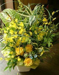 花ギフトのプレゼント【BFM】 夏の涼しさ そんなフラワーアレンジメント http://www.basketflowermarkets.com