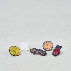 AE Rock The Vote Pins (595 DOP) ❤ liked on Polyvore featuring jewelry, brooches, multi, american eagle outfitters, rock jewelry, pin jewelry and pin brooch
