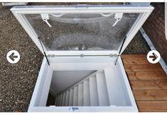 Voorbeeld trap naar dakterras Rooftop Terrace Design, Balcony Design, Duplex House Design, Design Your Dream House, Window Grill Design Modern, Roof Hatch, Open Trap, Dormer Windows, Roof Window