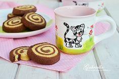 Sajtos csiga Ale, Biscuits, Cookies, Mugs, Baking, Tableware, Recipes, Foods, Bread Making