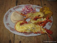 Lobster with Patacon, Rice, and Cole Slaw. Colombian Food, Cole Slaw, Rice, Ethnic Recipes, Love, Cabo De La Vela, Earth, Coleslaw Salad, Coleslaw
