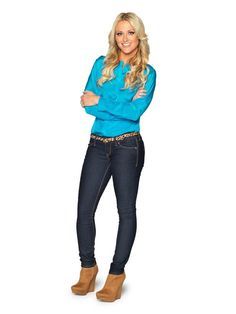 Look who's coming to our Holiday Pinning Party! It's @Britany Simon from HGTV Design Star! Join her this Sunday, 7-9 p.m. #hgtvholidays http://www.hgtv.com/design-star/britany-simon/index.html?soc=pinterest