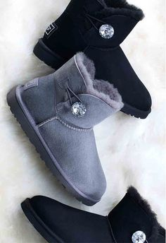 Classic UGG Bow Boots 2016 keep your feet warm in winter,only $39 to get it!