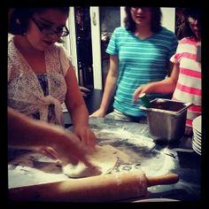 Kids birthday Pizza Class www.affrescopizzeria.com