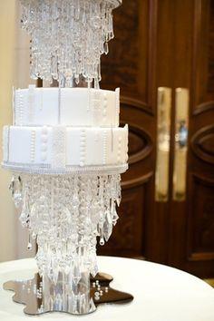 Wedding cake con gocce di cristallo