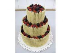 svatební dort s čokoládovými trubičkami z belgické čokolády http://www.cukrovi-kuncovi.cz/cukrarska-vyroba/svatebni-dorty
