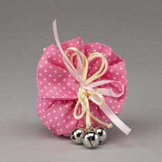 Sacco rosa in cotone a pois bianchi con sonaglini
