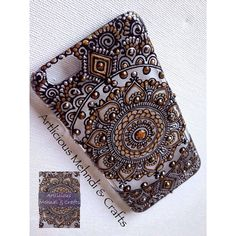 No photo description available. Henna Phone Case, Bling Phone Cases, Diy Phone Case, Mandala Painting, Dot Painting, Mobile Case Cover, Henna Patterns, Henna Art, Bottle Art