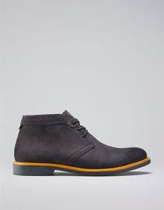 #Bershka Armenia - Two-coloured sole Leather desert ankle #boots #mens #fashion