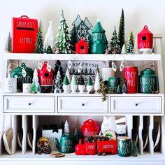 Christmas Time Is Here, Christmas Holidays, Christmas Ideas, Dining Room Hutch, Seasonal Decor, Holiday Decor, Indoor Christmas Decorations, Jolly Holiday, Basket Decoration