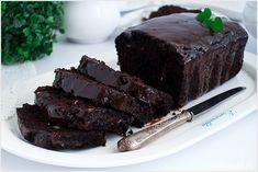 Meksykańskie ciasto czekoladowe z cukinią, kawałkami czekolady oraz pestkami dyni. Ciasto jest mocno kakaowe, wilgotne i zarazem lekkie. Cooking Recipes, Healthy Recipes, Foods With Gluten, Cake Recipes, Recipies, Yummy Food, Sweets, Vegan, Cookies