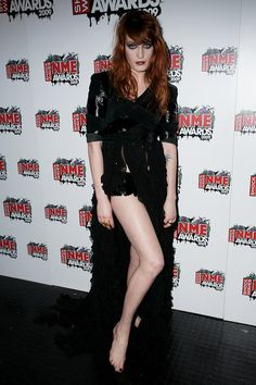 Florence Welch media gallery on Coolspotters. See photos, videos, and links of Florence Welch. Badass Women, Sexy Women, Florence Welch Style, Red Headed League, Green Dress, Dress To Impress, Trendy Outfits, Nice Dresses, Girl Fashion
