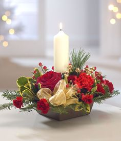 99 Romantic Christmas Centerpieces Ideas with Candles - Table Flower Arrangements, Christmas Flower Arrangements, Christmas Flowers, Christmas Table Decorations, Christmas Candles, Christmas Wreaths, Christmas Crafts, Holiday Decor, Merry Christmas