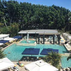 Oh stop it! You spoil us a little too much @jupitersgc & @visitgoldcoast #thisisqueensland #poolside #tropicalbreezes #goodmorning #lifewelltravelled #travelgram