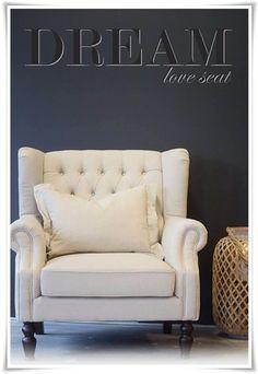 TM design. Dream Love Seat på lager nå i faegen sand, som bilder viser. Kr 6200.-