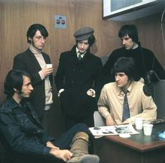The Kinks and Michael Nesmith 1967 Freddie Mercury, Dave Davies, Retro Band, You Really Got Me, Michael Nesmith, The Kinks, Photoshoot Concept, 60s Music, Rock Artists