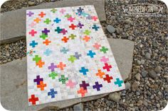love this pretty quilt