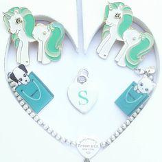 My fave handmade creations I love to handpaint everything #tiffanyandco #tiffany #heart #enameltiffany #enamelheart #handpainted #handmade #cat #dog #pin #pingame #pintrill #pincollector #tiffanyblue #tiffanybox #picoftheday #mylittlepony #unicornpin #unicorn #unicorno #esse #gatto #kat #cane #pet #catlady #instafashion #jewelry #etsy #etsyfinds
