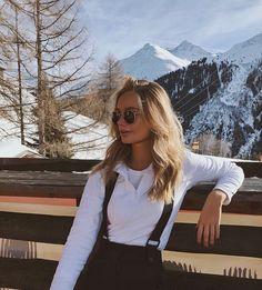 ð … – photo ideas – Wintersport – Glasses Ideas Ski Fashion, Winter Fashion, Womens Fashion, Daily Fashion, Photo Ski, Mode Au Ski, Foto Top, Foto Casual, Insta Photo Ideas