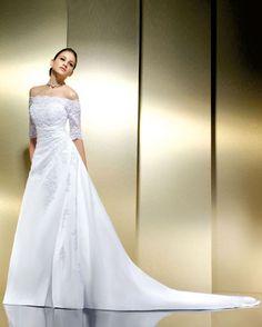 bateau dentelle - Recherche Google  robe mariée  Pinterest  Cou de ...