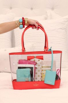ee2fc2740f55  TravelColorfully with Kate Spade New York