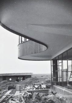 Built by Marcel Breuer in Mar del Plata, Argentina with date Images by Plataforma Arquitectura. Located in the La Serena neighborhood of Mar del Plata, Argentina, the well-known yet now abandoned Ariston Hotel was. Marcel Breuer, Futuristic Architecture, Sustainable Architecture, Pavilion Architecture, Residential Architecture, Contemporary Architecture, Richard Rogers, Ricardo Bofill, Alvar Aalto