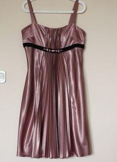 Kup mój przedmiot na #vintedpl http://www.vinted.pl/damska-odziez/krotkie-sukienki/3056945-sukienka-plisowana