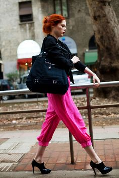 Coco Rocha photographed by Scott Schuman of The Sartorialist three years ago.still relevant Street Chic, Street Style, Street Fashion, Pink Street, Work Fashion, Milan Fashion, Pink Pants, Bright Pants, Sartorialist