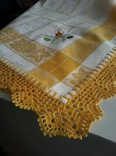 How to Crochet Wave Fan Edging Border Stitch Crochet Edging Patterns, Crochet Borders, Crochet Squares, Filet Crochet, Diy Crochet, Stitch Patterns, Crochet Tablecloth, Crochet Doilies, Crochet Flowers