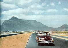 New to Paarl 1950 A new Studibaker? trying out the newly completed National road to the Boland. lol this is now a super highway with a speed limit National Road, Le Cap, Cape Town South Africa, Lush Garden, Countries Of The World, Vintage Pictures, West Coast, Old Photos, Journey
