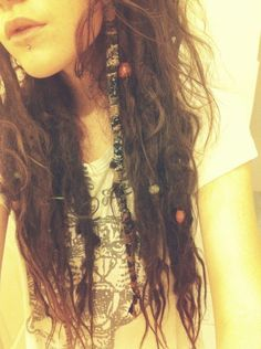 Brown messy dreads LOVE that front hair wrap :: Messy Hairstyles, Pretty Hairstyles, Hair Dos, My Hair, Partial Dreads, Dreads Girl, Dreads Styles, Hippie Hair, Messy Hair
