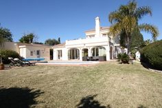 Villa for sale in Ctra. De Ronda, Benahavis. Charming Andalucian style villa for sale in a residential area of Fuente del Espanto.