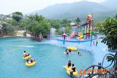 Thỏa sức vui chơi tại công viên suối khoáng nóng Núi Thần Tài
