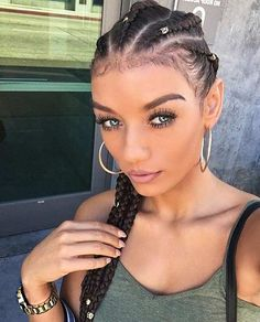 Cornrows with braid cuffs - Best Cornrow Hairstyles White Girl Cornrows, White Girl Braids, Braids For Black Hair, Girls Braids, White Girl Weave, Cornrows On White People, Cornrows Braids White, Box Braids Hairstyles, Cornrow Hairstyles White