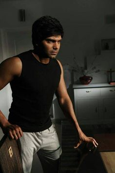 #Arya images, #Celebrities photos, #Kollywood #tamil Movie #Actor Stills. Check out more pictures: http://www.starpic.in/kollywood-tamil/arya.html
